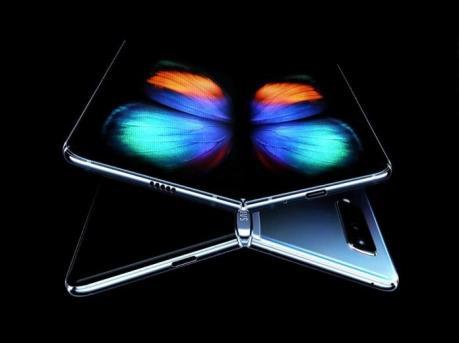 Samsung công bố thông số kỹ thuật siêu phẩm điện thoại gập Galaxy Fold