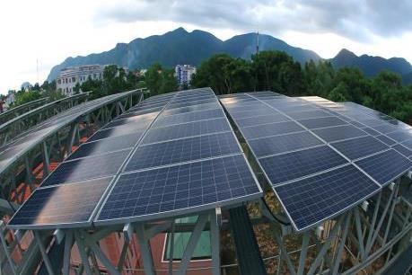Trên 1.000 khách hàng phía Nam lắp đặt điện mặt trời trên mái nhà
