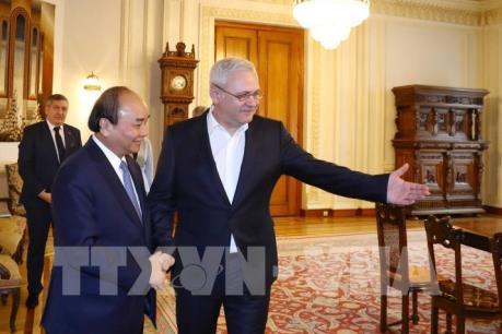 Thủ tướng Nguyễn Xuân Phúc kết thúc chuyến thăm chính thức Romania