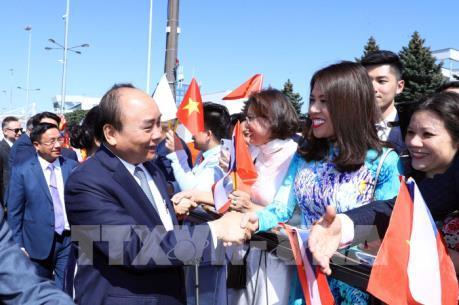 Thủ tướng Nguyễn Xuân Phúc đến Praha, bắt đầu thăm chính thức Cộng hòa Séc