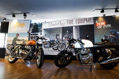 Hãng xe Anh quốc Royal Enfield khai trương cửa hàng đầu tiên ở Hà Nội