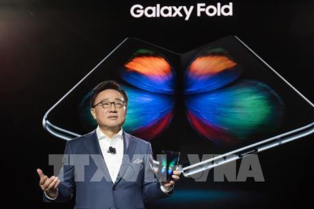 """Samsung hoãn sự kiện """"đập hộp"""" Galaxy Fold ở Trung Quốc"""
