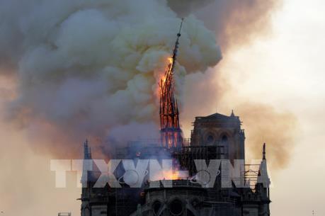 Nguyên nhân có thể dẫn tới vụ cháy Nhà thờ Đức Bà Paris
