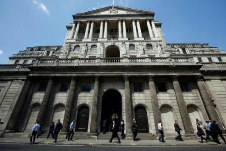 Anh: Kinh tế đình trệ, gia tăng sức ép hạ lãi suất với BoE
