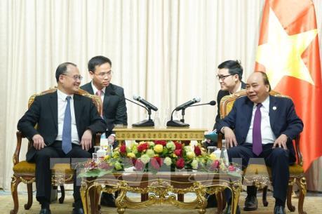 Thủ tướng tiếp một số doanh nghiệp, nhà đầu tư nước ngoài