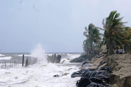 Nghiên cứu đề xuất làm đảo nhân tạo chống sạt lở bờ biển Hội An
