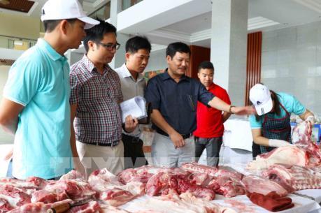 Tiêu thụ thịt lợn ở Hưng Yên hiện rất chậm