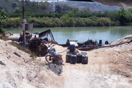 Xử nghiêm các sai phạm trong khai thác cát trên sông Krông Nô