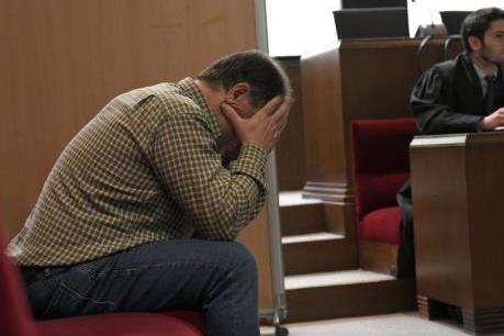 Phạt tù gần 22 năm với giáo viên tấn công tình dục học sinh