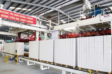 Viglacera chính thức vận hành dây chuyền sản xuất tấm Panel ALC