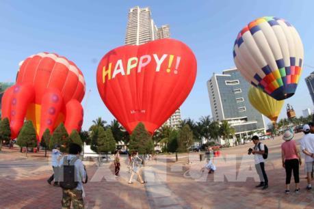 Hàng trăm nghìn du khách đến Đà Nẵng dịp nghỉ lễ