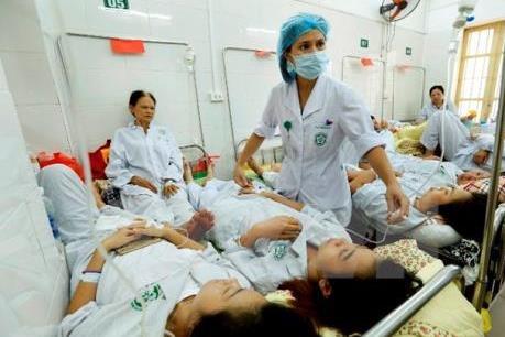 Bộ Y tế đề nghị chưa điều chỉnh giá dịch vụ khám, chữa bệnh ngoài BHYT