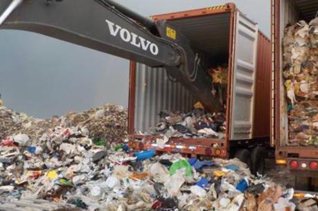 Canada đề xuất thu hồi container rác thải từ Philippines