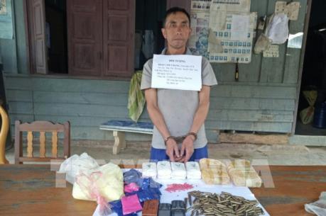 Thanh Hóa bắt đối tượng nước ngoài vận chuyển 12.000 viên ma túy