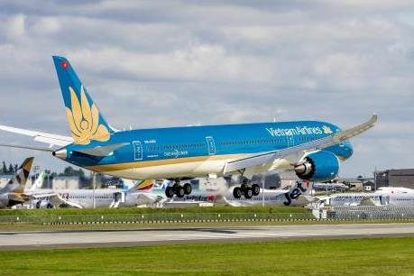 Vietnam Airlines lý giải việc lùi giờ bay chờ khách