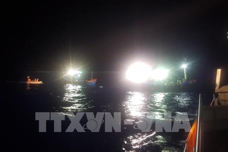 16 ngư dân gặp nạn tại khu vực Hoàng Sa
