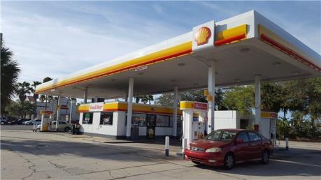 Bộ năng lượng Mỹ nâng dự báo giá xăng