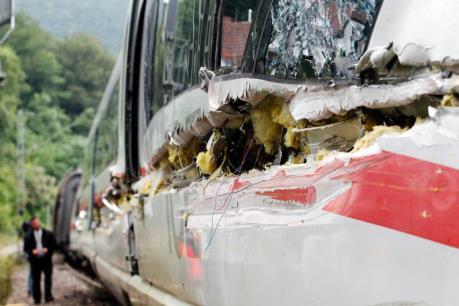 Tai nạn đường sắt làm 20 người bị thương