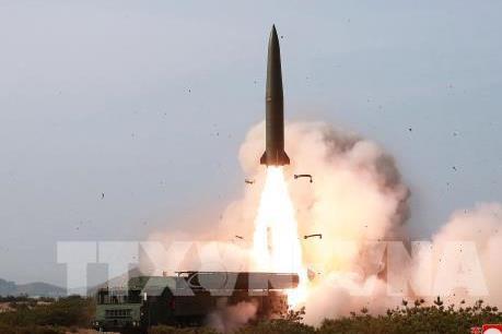 """""""Các vật thể bay"""" Triều Tiên vừa phóng không đe dọa trực tiếp tới an ninh Nhật Bản"""