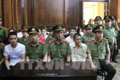 """Xét xử """"trùm"""" ma túy Văn Kính Dương: Hội đồng xét xử đề nghị điều tra bổ sung"""