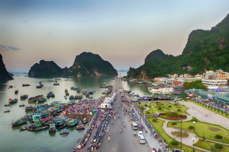 Quảng Ninh khẳng định không lấn vịnh Hạ Long khi xây dựng bãi tắm Hòn Gai