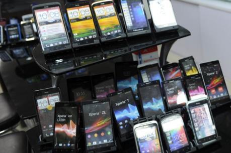 Nhật Bản kiện Ấn Độ vì áp thuế điện thoại di động vượt mức của WTO