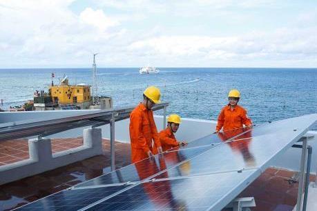 EVN đảm bảo cung cấp điện liên tục tại các điểm đảo Trường Sa