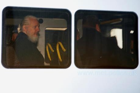 Ecuador bác bỏ mối liên quan với nhà sáng lập WikiLeaks