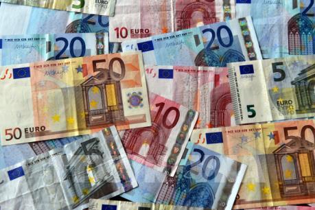 Khoảng 1.300 tỷ euro sẽ chuyển từ London sang Eurozone do Brexit