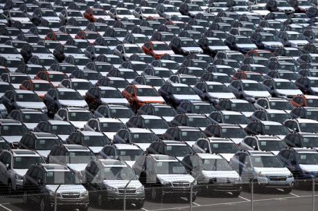 Tổng thống Mỹ hoãn kế hoạch tăng thuế ôtô và linh kiện ôtô nhập khẩu