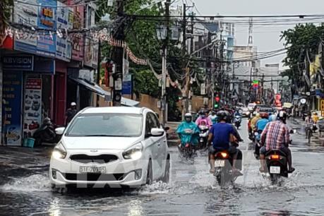 Dự báo thời tiết: Hà Nội sẽ có mưa dông từ chiều nay