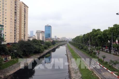 Phản hồi việc xả nước hồ Tây ảnh hưởng kết quả thử nghiệm xử lý ô nhiễm tại sông Tô Lịch