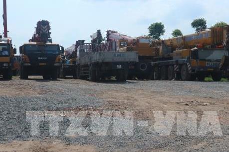 Hà Nội: Chủ đầu tư di chuyển máy móc vi phạm ra khỏi khu đất nông nghiệp