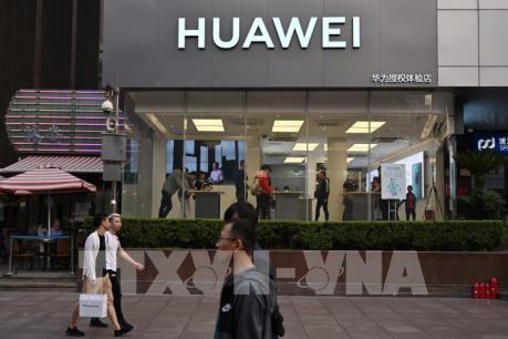 Mỹ hoãn thực thi lệnh cấm xuất khẩu công nghệ cho Huawei tới giữa tháng 8