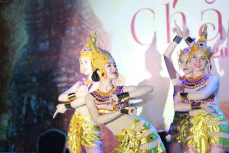 Lộng lẫy vũ điệu Chăm Pa tại FLC Sầm Sơn