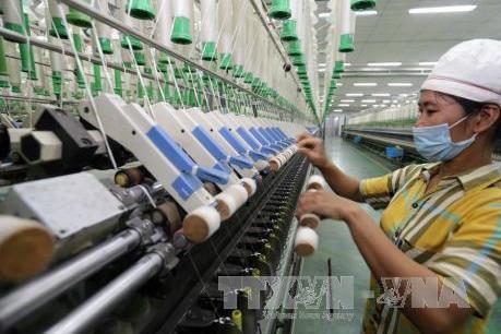 Lãnh đạo Nam Định đối thoại với người lao động khu công nghiệp