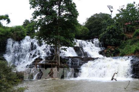 Xây dựng thủy điện Đắk R'kéh - Bài 1: Lo ngại thủy điện xâm hại thắng cảnh