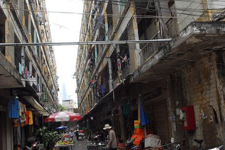 Giao đất cho chủ đầu tư xây mới chung cư Cô Giang (Tp Hồ Chí Minh)