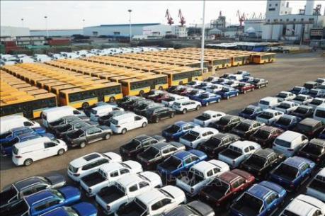 Sản lượng ô tô của Anh sụt giảm tháng thứ 14 liên tiếp