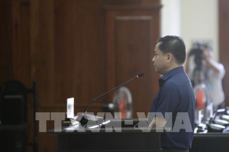 """Vũ """"nhôm"""", Trần Phương Bình hầu toà phúc thẩm vụ án Ngân hàng Đông Á"""