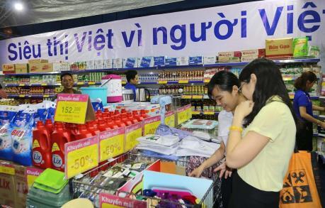 Việt Nam đẩy mạnh tiêu dùng trong nước để tránh ảnh hưởng từ cuộc chiến thương mại
