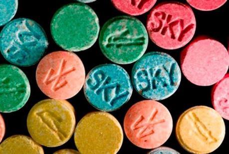 Bắt thêm đối tượng trong đường dây vận chuyển 100.000 viên ma túy tổng hợp