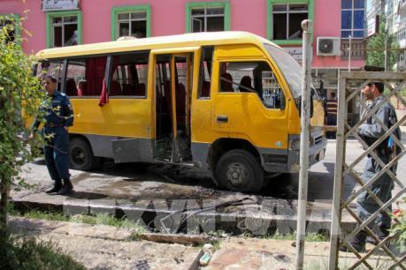 Đánh bom xe chở sinh viên tại Afghanistan làm nhiều người thương vong