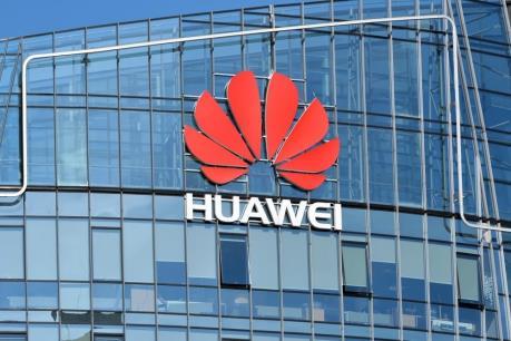 Hàng không của Huawei ứng phó ra sao trước lệnh cấm của Mỹ?