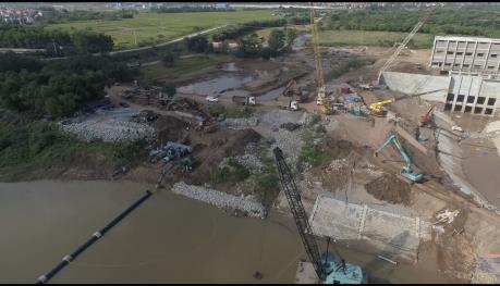 Hà Nội: Tăng nguồn cấp cho các quận bị ảnh hưởng từ sự cố vỡ đường ống nước