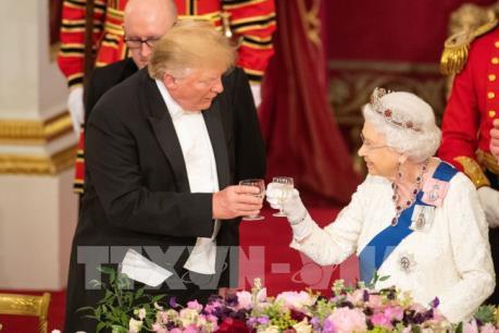 """Nữ hoàng Anh: Tổng thống Mỹ D.Trump có """"mối liên quan"""" đặc biệt với Anh"""