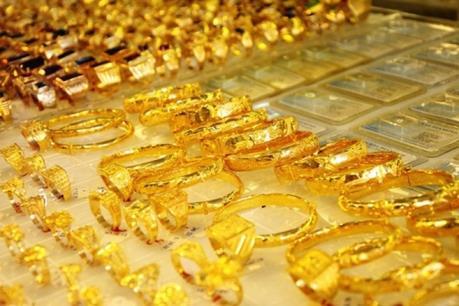 Giá vàng hôm nay 6/6: Giảm mạnh vẫn giữ mốc 37 triệu đồng/lượng