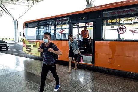 Chính thức vận hành tuyến buýt chất lượng cao Hà Đông - Nội Bài