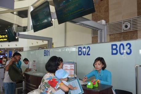 Lần đầu tiên tại Việt Nam mở quầy làm thủ tục hàng không riêng cho  người cao tuổi, trẻ em