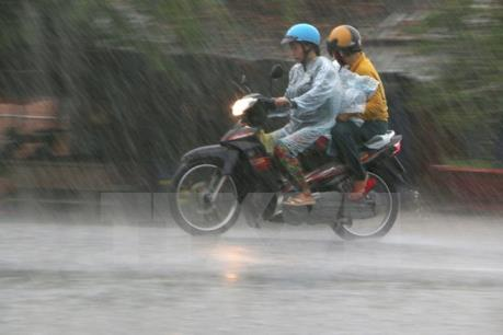 Hà Nội hôm nay chấm dứt nắng nóng, mưa dông vài nơi